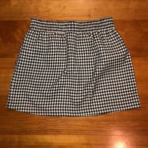 Guess Houndsooth skirt